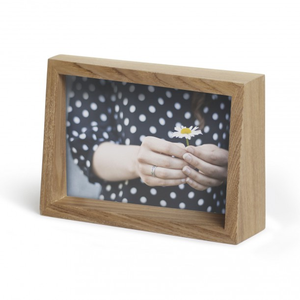 Edge Frame Natural For 10 X 15 Cm Photo Umbra