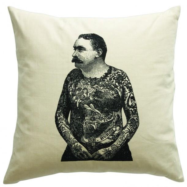 Cushion Tatoo Man
