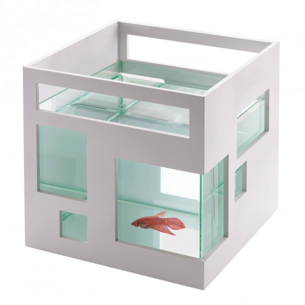 Aquarium Fish Hotel by Umbra